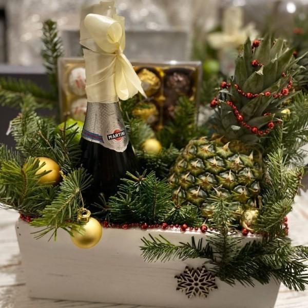 Новорічний ящик з шампанським