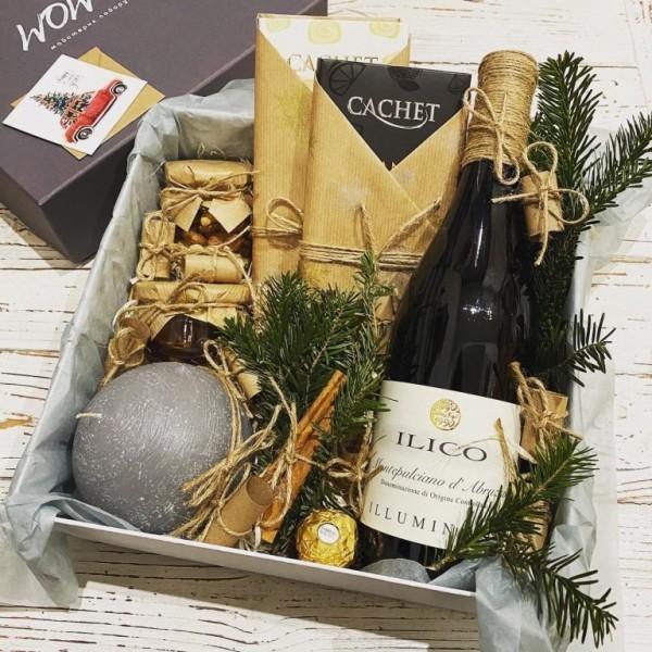Подарунковий набір з вином і свічкою №307