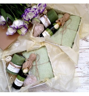 СПА набір з шампанським, свічкою і морською сіллю
