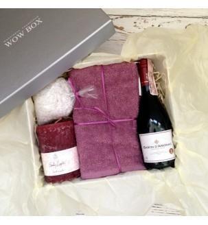 СПА набор с вином, солью морской, полотенцем и свечой