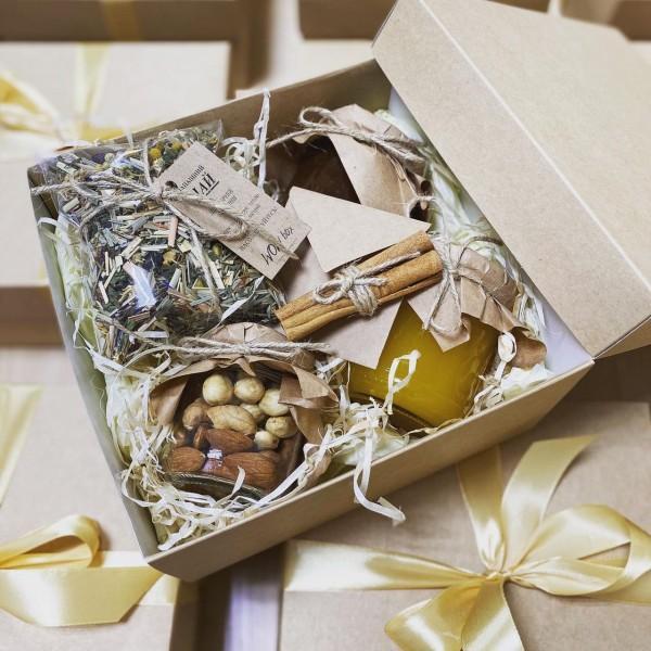 чайный подарочный набор с медом в коробке