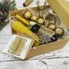 Подарунковий бокс новорічний з шампанським