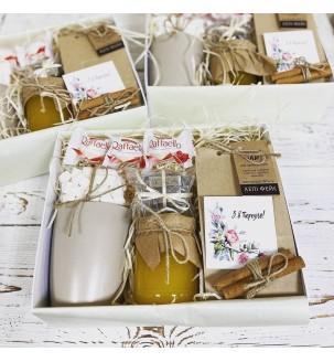 Чайный подарочный набор с медом