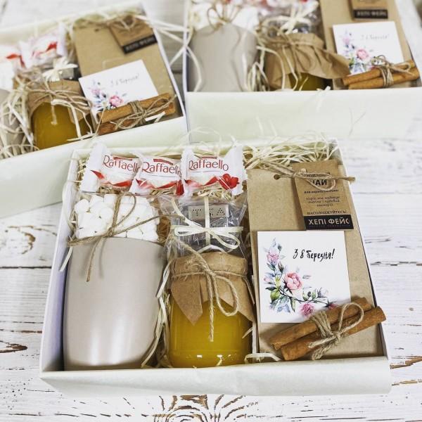 Чайний подарунковий набір з медом