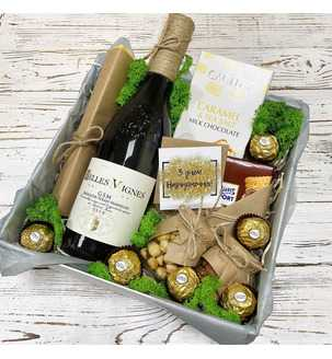 вино в подарунковому оформленні