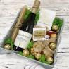 Вино в подарочной коробке