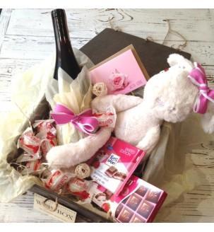 Подарунок дівчині в рожевому кольорі N 2
