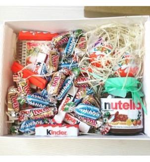Подарунок дівчинці з блокнотом і солодощами Подарункові набори для дітей - 2