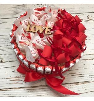 тортик з кіндерів і Рафаелло з записочками Подарунки - 3
