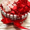Торт из киндеров и раффаелло с записочками Подарки - 2